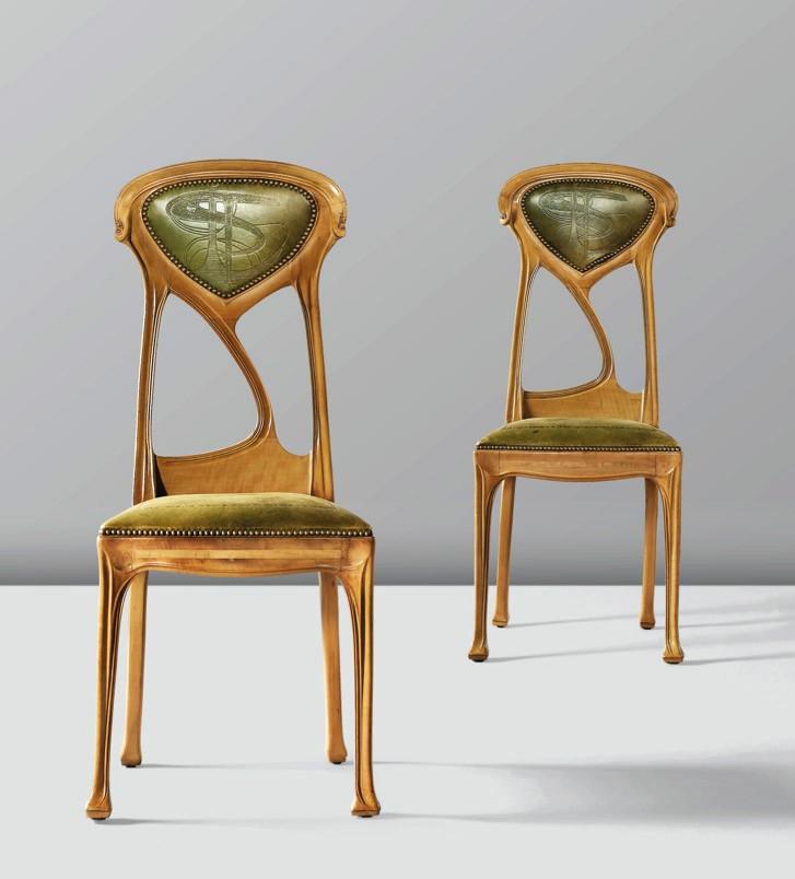 Deux chaises, vente Sotheby's Paris, 16 février 2013 (lot n° 92).