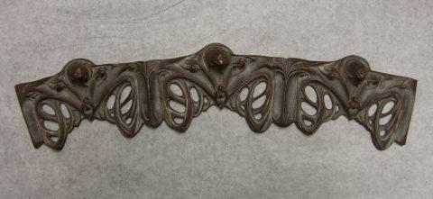 """SOFAR, élément des """"lustres Lumière"""" de Guimard, copiés en bronze."""