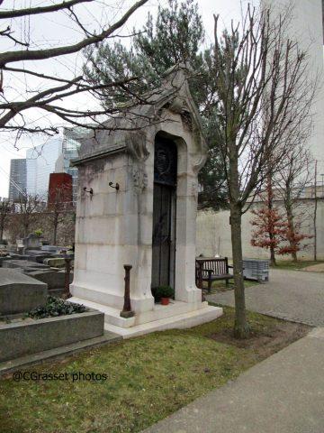 État actuel de l'extérieur du monument.