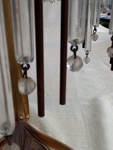 Pendeloques d'une lampe à poser (copie moderne). Coll. part.