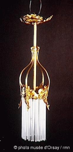 Musée d'Orsay, deux lustres Lumière, vente Arcole, Drouot Richelieu, 28 juin 1989 (lot 222).